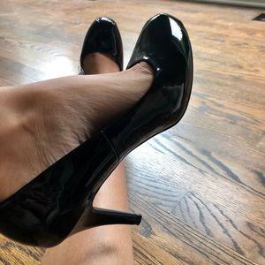 Mossimo black heels 👠 NWT
